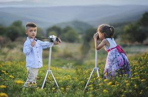 děti ze školky fotí